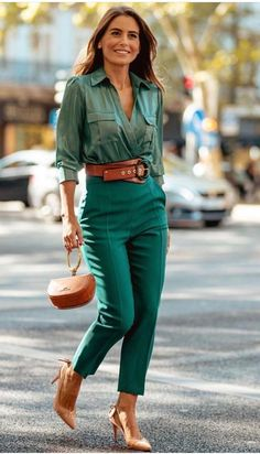 Trajes Business Casual, Business Casual Outfits For Women, Oufits Casual, Style Casual, Business Outfits, Cute Casual Outfits, Casual Chic, Fashion Week, Work Fashion