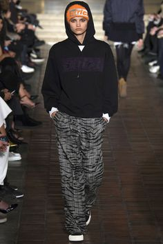 Alexander Wang 16'