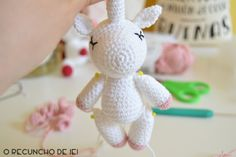 After having published the translation of the nicest amigurumi unicorn pattern, I decided … Love Crochet, Crochet Yarn, Crochet Toys, Crochet Unicorn, Unicorn Pattern, Crochet Doll Tutorial, Amigurumi For Beginners, Unicorn Crafts, Easy Crochet Patterns
