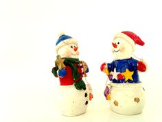 retro fosty snowman pair; yesteryears vintage holiday figurine; Victorian shabby chic love giving x-mass snow man joy by LisaLiYesterYears on Etsy