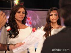 Giovanna Antonelli e Tainá Müller ensaiam para a gravação do casamento de Clara e Marina (Foto: Pedro Curi/ TV Globo)