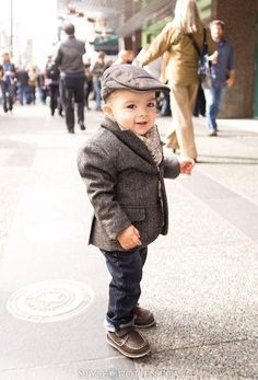if i ever I have a little boy he will be dressing like this ever day! So cute!