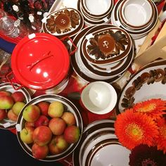 I know its only July, but autumn colours are so trendy again. Brown is definitely back especially in Nordic modern interiors. We brought toge Hello September, Autumn Colours, Modern Interiors, Vintage Dishes, Helsinki, Finland, Brown, Enamel, Color