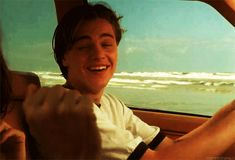 Gif Leonardo Dicaprio, Leonardo Dicapro, Titanic Movie, My Guy, Romance, Cute Guys, Celebrity Crush, Pretty Boys, Actors & Actresses