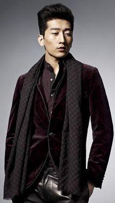 Burgundy-Tuxedo-Jacket.jpg 293×517 pixels