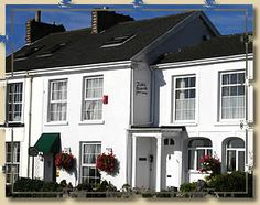 Tides Reach Guest House - Bed And Breakfast in Mumbles, Swansea