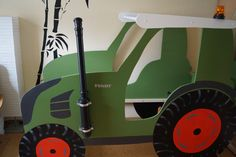Tractor cot building instructions to build yourself – Kids Room 2020 Custom Woodworking, Woodworking Projects Plans, Teds Woodworking, Tractor Bedroom, Farm Bedroom, Yoga Style, Ikea Kura Bed, Bunk Beds Built In, Parents Room