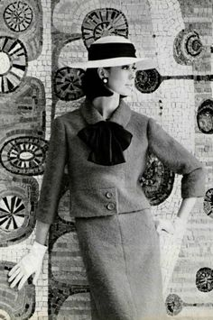 Pinterest: keedrajackson Christian Dior, Sixties Fashion, Retro Fashion, Women's Fashion, Yves Saint Laurent, Jeanne Lanvin, Vintage Glam, Vintage Ladies, Guy Laroche