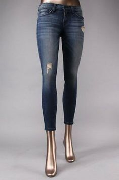 - Flying Monkey handcrafted women luxurious fabrics and washes cropped ankle zip skinny jean will give comfort fit and stylish look, Jeans, Only Jeans, Flying Monkey, Love Fashion, Fashion Trends, Womens Fashion, Cropped Skinny Jeans, Stylish Girl, Chic Outfits, Flare Jeans