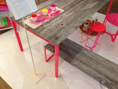 Table & bench - diy spraypaint and reclaimed wood