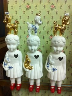 Clonette dolls by Lammers en Lammers, two Dutch sisters who make traditional Dutch figures in porcelain.