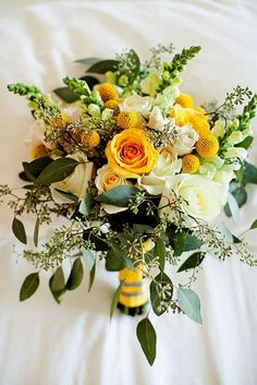 24 Bohemian Wedding Bouquets That Are Totally Chic ❤ See more: http://www.weddingforward.com/bohemian-wedding-bouquets/ #weddings