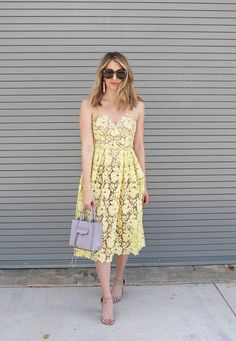 Donna Morgan Valentina dress on blogger Loren from Wear and When Blog - perfect Easter Dress
