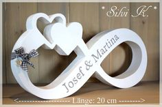 Infinity sign cm with hearts made of natural wood or in the colour of your choice - Handmade Items , Infinity sign cm with hearts made of natural wood or in the colour of your choice Buchstaben & Schriftzüge - Unendlichkeitszeichen mit Her. Wood Crafts, Diy And Crafts, Diy Wedding, Wedding Gifts, Scroll Saw Patterns, Natural Wood, Wood Signs, Wood Projects, Backdrops