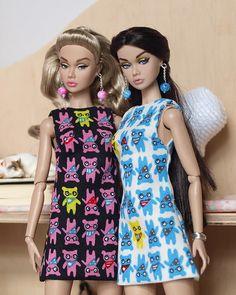 now on ebay: www.ebay.com/sch/i.html?_from=R40&_trksid=m5… | Flickr Vintage Barbie Dolls, Beautiful Dolls, Fashion Dolls, Doll Clothes, High Neck Dress, Velvet, Style Inspiration, Chic, Pretty