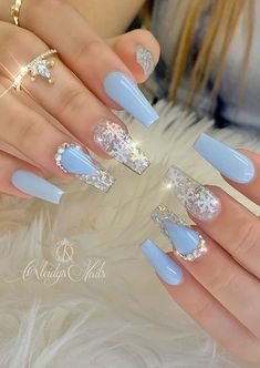 20 Elegant Acrylic Blue Nails Design For Coffin and Stiletto Nails - Latest Fashion Trends For Woman Blue Acrylic Nails, Acrylic Nails Coffin Short, Blue Nails, Coffin Nails, Stiletto Nails, Winter Acrylic Nails, Cute Acrylic Nail Designs, Blue Nail Designs, Art Designs
