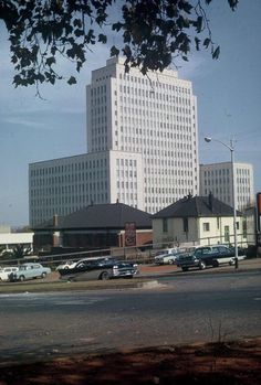 Eskom House in Braamfontein in the Photograph taken by Wolfgang Rothbauer. Johannesburg Skyline, Historical Pictures, South Africa, Landscape Photography, Skyscraper, Bridge, Architecture, Street, House