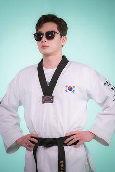 """Park Seo Joon behind the scenes of shooting Fight For My Way teaser "" Park Seo Joon Abs, Joon Park, Park Hae Jin, Park Seo Jun, Ji Chang Wook, Lee Dong Wook, Lee Joon, Jung Hyun, Kim Jung"