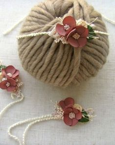 Bentita cu flori crosetate | Breslo Baby Shoes, Belt, Floral, Kids, Accessories, Fashion, Belts, Young Children, Moda