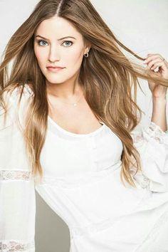 Justine Ezarik (iJustine) - Actress/vlogger (Pittsburgh - Pennsylvania / United States Of America)