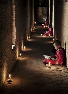 Monks at the Shwe Yan Pyay Monastery.Taunggyi, Myanmar (Birmania) by Scott Stulberg Laos, Nepal, Little Buddha, World Photography, Travel Photography, Children Photography, White Photography, Photography Tips, Tibet