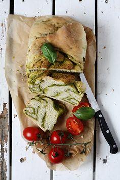 White bread with Green Pesto ***