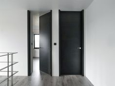 Discover recipes, home ideas, style inspiration and other ideas to try. Interior Barn Doors, Exterior Doors, The Doors, Windows And Doors, Front Doors, Sliding Doors, Door Design, House Design, Interior Paint Colors For Living Room