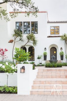 Spanish Revival Home, Spanish Bungalow, Spanish Style Homes, Spanish House, California Architecture, Spanish Architecture, Gothic Architecture, San Francisco Apartment, San Francisco Houses