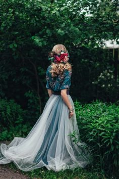 10 tendencias para bodas 2019 que toda millennial amará - Do It Yourself Diyjewel Mode Hippie, Wedding Inspiration, Style Inspiration, Alternative Wedding, Look Fashion, The Dress, Beautiful Dresses, Prom Dresses, Bridesmaid