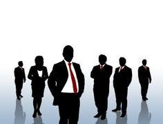 Igualmente, debes ejercitar una práctica similar con tu cada vez más importante red de contactos profesionales virtuales.