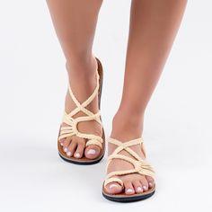 Sweet Ivory Plaka Palm Leaf Sandals  #sandals #fashion #handmade #summer #ivory