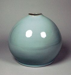 Rounded Vase  Kawase Shinobu  (Japanese, born 1950; active Ôiso, Kanagawa Prefecture)  Period: Heisei period (1989–present) Date: 2001 Culture: Japan Medium: Porcelain with bluish white glaze