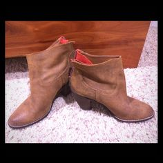 DOLCE VITA booties beautiful suede - stitch detail ... gently worn / 2 times - zip closure at heel --- I'm usually a 7 but these fit perfect Dolce Vita Shoes Ankle Boots & Booties