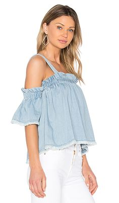 Shop for Central Park West Santa Cruz Off Shoulder Top in Chambray at REVOLVE. Free 2-3 day shipping and returns, 30 day price match guarantee.