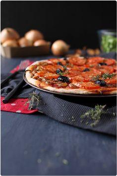 Tarte aux oignons et à la tomate