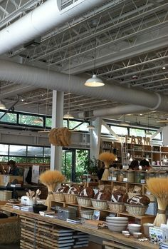 The Shed in Healdsburg, California. Zippertravel.com Digital Edition (Our online travel magazine)