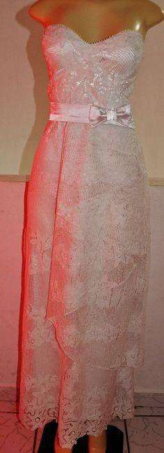 Vestido pêssego para noivas, em renda renascença www.facebook.com/mangelrendas www.mangelrendas.com.br