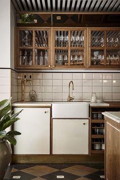 sanders kitchen.jpg