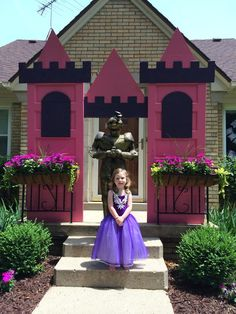 DIY Princess party castle created for her birthday party. I pulled two doors… Princess Theme Birthday, Sofia The First Birthday Party, Disney Princess Party, Cinderella Party, Princess Castle, Unicorn Birthday Parties, Birthday Party Themes, Girl Birthday, Castle Party