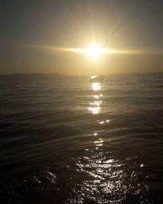 """#sunsets #sunrises #sun #tagsforlikes #tflers #sunshine #beautiful #redvelvet #orange #hotpink #sky #skyporn #cloudporn #nature #clouds #horizon #photooftheday #instagoods #mare #warm #views #nights #beachclub #silhouette #seaside #all_sunset #günbatımı #günışığım #günes"" by @_leventozcan. #capture #pictures #pic #exposure #photos #snapshot #picture #composition #pics #moment #focus #all_shots #color #foto #photograph #fotografia #photographyeveryday #photoart #ig_shutterbugs #photogram…"