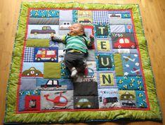 Speelkleed voor Teun Picnic Blanket, Outdoor Blanket, Diy Baby Gifts, Contemporary Fabric, Quilt Baby, Sewing Hacks, Sewing Tips, Needlework, Toddler Bed