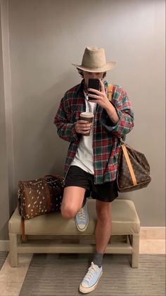 Retro Outfits, Mode Outfits, Fashion Outfits, Stylish Mens Outfits, Casual Outfits, Paul Jason Klein, Christmas Fashion, Aesthetic Fashion, Mens Clothing Styles