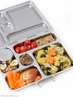 Hirsebratlinge mit Spinat... Bento Box, Lunch Box, Meal Prep, Prepping, Retail, Food, Chickpeas, Spinach, Portable Snacks
