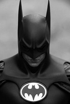 Batman Art Archives Batman Poster Archives - Batman Art - Fashionable and trending Batman Art - Michael Keaton Batman Poster Trending Batman Poster. Batman Painting, Batman Artwork, Batman Wallpaper, Le Joker Batman, Batman Arkham, Batman And Superman, Spiderman Art, Batman Poster, Batman The Dark Knight