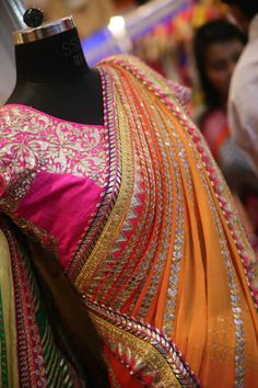 10 Stores To Buy Wedding Lehenga and Bridal Wear In Chandni Chowk! Indian Wedding Outfits, Pakistani Outfits, Indian Outfits, Indian Attire, Indian Ethnic Wear, Indian Style, Saris, Gota Patti Saree, Desi Clothes