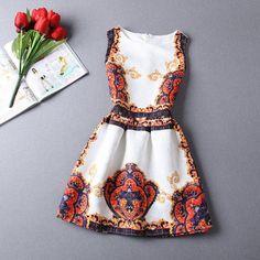 Casual Round Neck Floral Print Mini Dress