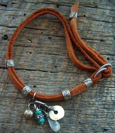 Indian Charm Looped Leather Bracelet: Bohemian, so bohemian... #boho #jewelry #jewelery