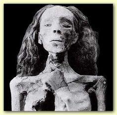 princess scota of ireland | Queen Meritaten Scota Mummy