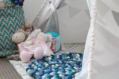 Remodelaholic | 25 Nursery Decor Projects