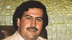 Discover Pablo Escobar famous and rare quotes. Share Pablo Escobar quotes about dies. Pablo Emilio Escobar, Ray Donovan, Illuminati, Narcos Escobar, Pablo Escobar Frases, Narcos Pablo, Colombian Drug Lord, Matt The Radar Technician, Real Gangster